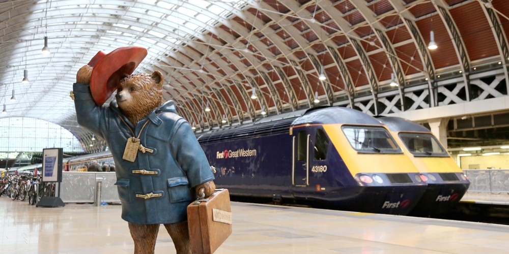 Gare à Paddington dans Londres