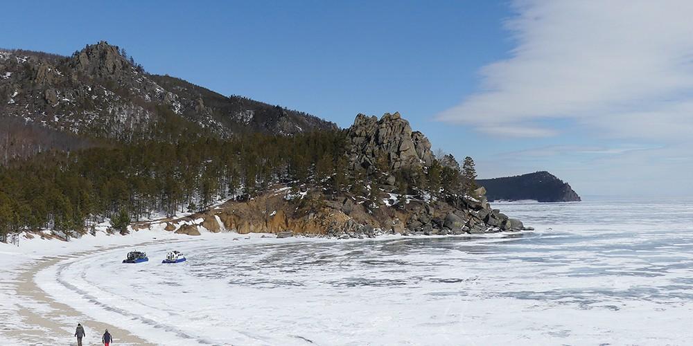 L'hiver sur les rives du lac Baïkal